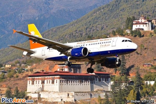 Airbus A319-115 (Druk Air)