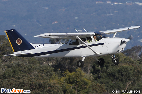 Cessna 172R Skyhawk (SINGAPORE FLYING COLLEGE PTE LTD)