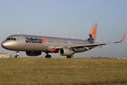 Airbus A321-231 (VH-VWQ)