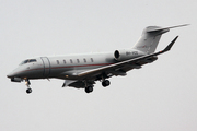 Bombardier Challenger 350  (9H-VCG)