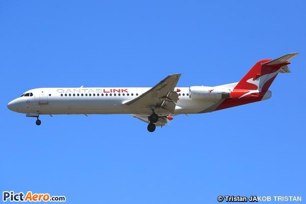 Fokker 100 (F-28-0100) (QantasLink (Network Aviation))