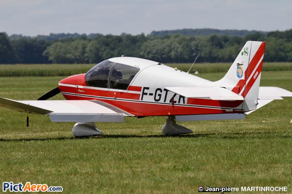 Robin DR400-140 B Dauphin (Aéroclub des Navigants)