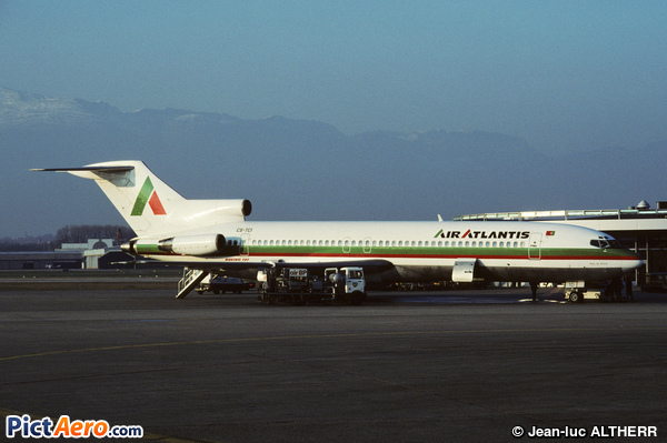 Boeing 727-232 (Air Atlantis)