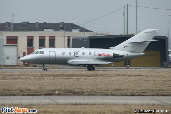 Dassault Falcon 200 (Aerowind Ltd.)
