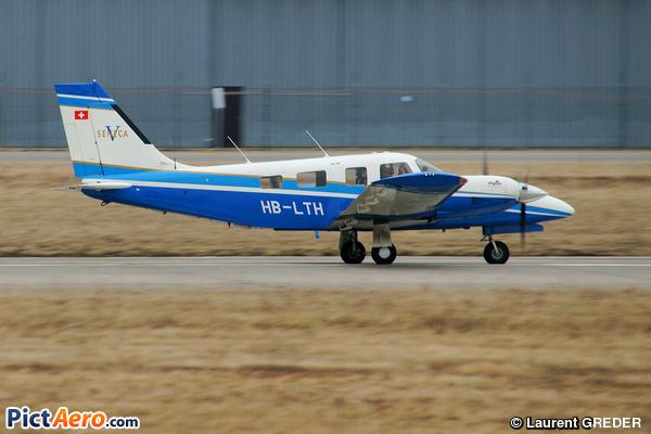 Piper PA-34-220T (privé)