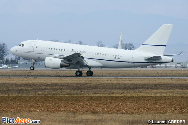 Airbus A319-115X/CJ (Sonair)