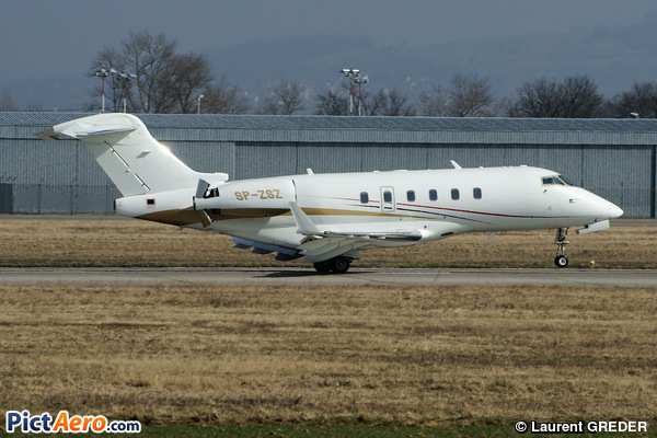 Bombardier BD-100-1A10 Challenger 300 (Jet Story)