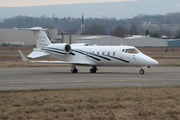 Learjet 60 (5A-UAE)