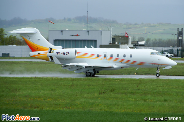Bombardier BD-100-1A10 Challenger 300 (  Empire Aviation)