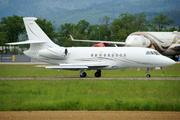 Dassault Falcon 2000 (VT-AAT)