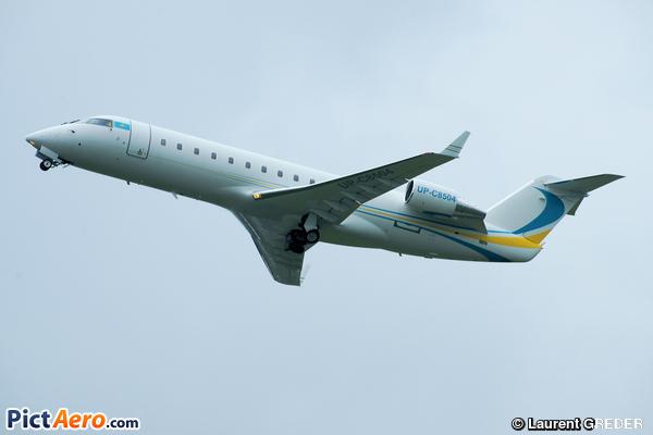 Bombardier Challenger 850 (Canadair CL-600-2B19 Challenger 850) (Comlux Kazakhstan)