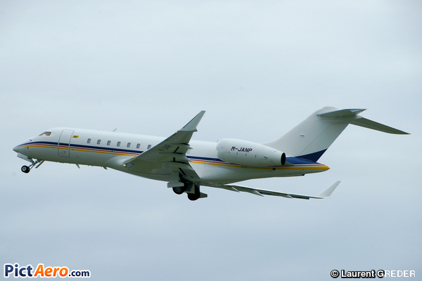Bombardier BD-700-1A11 Global 5000 (Jouanou & Parskevaides (Aviation) Ltd)