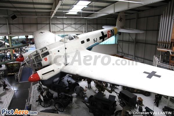 Heinkel He-111 (2-111) (Auto & Technik Museum Sisheim)