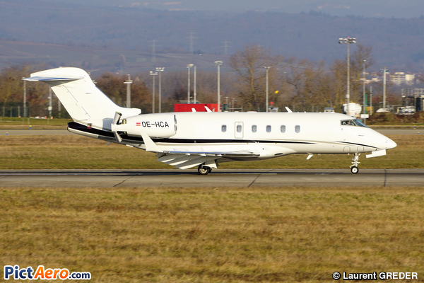 Bombardier BD-100-1A10 Challenger 300 (Avag Air)