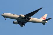 Boeing 777-246/ER (JA710J)