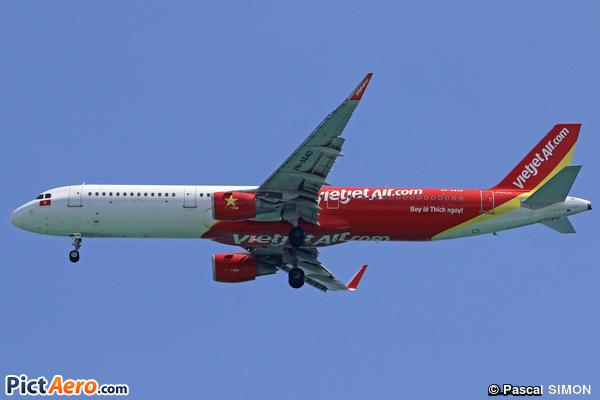 Airbus 321-211/WL (VietjetAir)