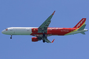 Airbus 321-211/WL (VN-A640)