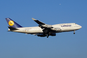 Boeing 747-430 (D-ABVO)