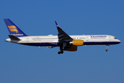 Boeing 757-223/WL (TF-ISS)