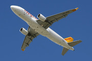 Airbus A320-214/WL (TC-DCA)