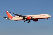 Boeing 777-337/ER (VT-ALS)