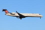 Bombardier CRJ-700 (Canadair CL-600-2C10 Regional Jet) (N317CA)