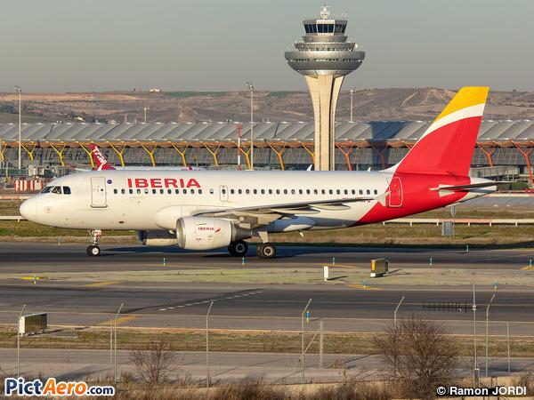 Airbus A319-113 (Iberia)