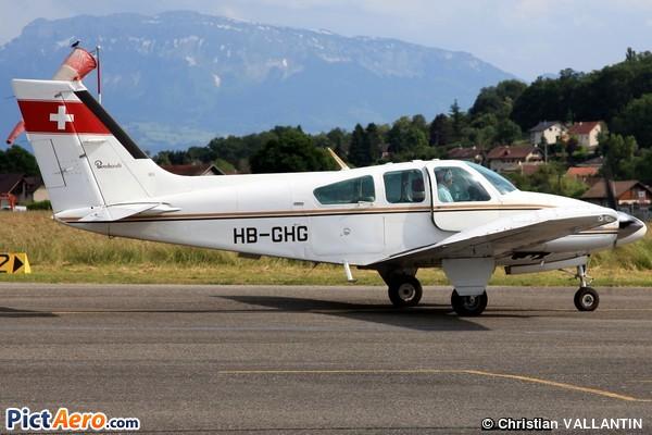 Beech 95-B55 Baron (Private/Privé)