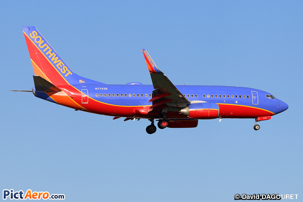 Boeing 737-7BD/WL (Southwest Airlines)