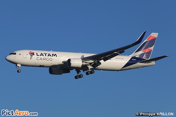 Boeing 767-316F/ER (LATAM Cargo)