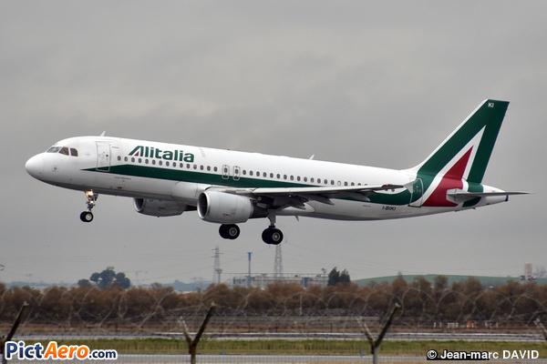 Airbus A320-214 (Alitalia)