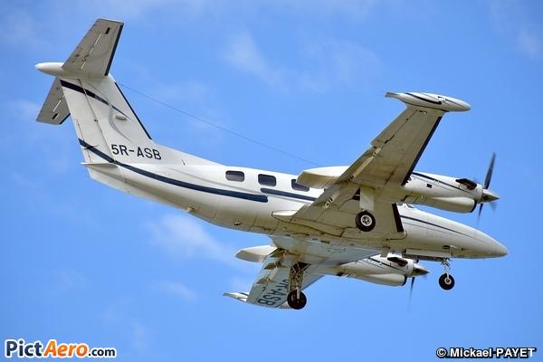 Piper PA-42-720 Cheyenne IIIA (STA Aviation)