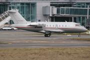 Canadair CL-600-2B16 Challenger 605 (9H-VFI)