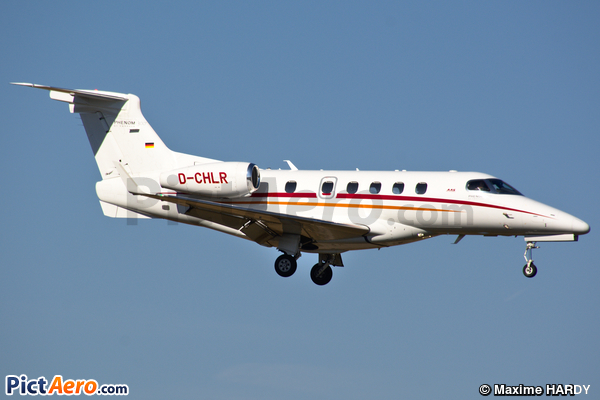 Embraer 505 Phenom 300 (Aero Dienst)