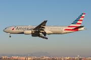 Boeing 777-222/ER (N752AN)
