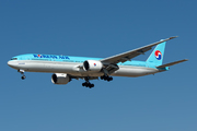 Boeing 777-3B5/ER (HL8216)
