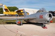Mikoyan-Gurevich MiG-17F Fresco (42)