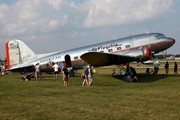 Douglas DC-3-178 (NC17334)