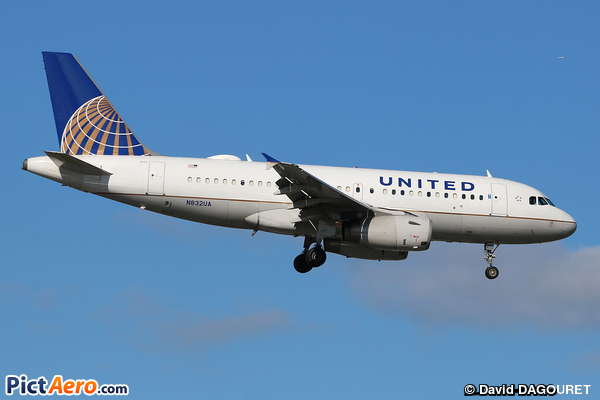 Airbus A319-131 (United Airlines)