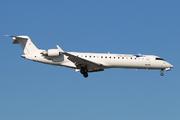 Canadair CL-600-2C10 Regional Jet CRJ-701ER  (N11EA)