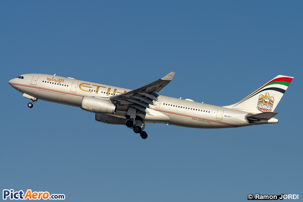 Airbus A330-243 (Etihad Airways)