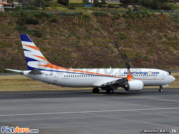 Boeing 737-8 Max (SmartWings)