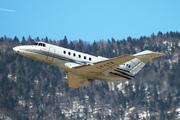 Raytheon Hawker 800XP (LY-LTA)