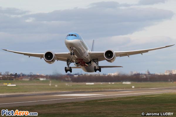 Boeing 787-9 Dreamliner (Neos)