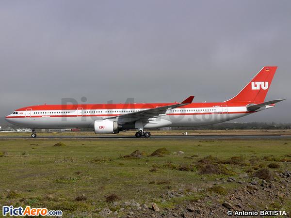 Airbus A330-322 (LTU)