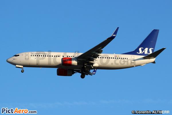 Boeing 737-86N (Scandinavian Airlines (SAS))