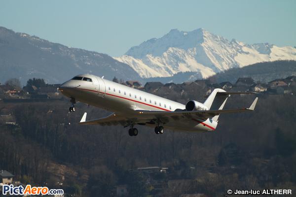Bombardier Challenger 850 (Canadair CL-600-2B19 Challenger 850) (VistaJet)