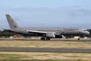 Boeing 757-2K2 - NZ7571