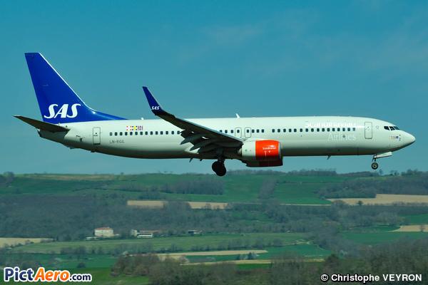 Boeing 737-86N/WL (Scandinavian Airlines (SAS))