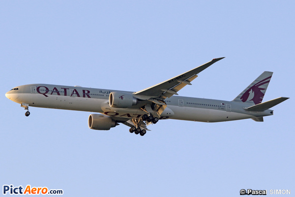 Boeing 777-3DZ/ER (Qatar Airways)